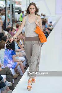 24.06.2012 - Warszawa , Warsaw Fashion Street 2012 N/Z Kolekcja Unisono  Fot. Mariusz Palczynski / MPAimages.com