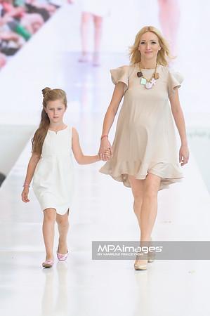 24.06.2012 - Warszawa , Warsaw Fashion Street 2012 N/Z Zaradna Mama - Karina Kunkiwicz  Fot. Mariusz Palczynski / MPAimages.com