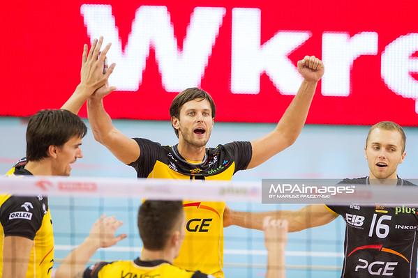 07.10.2012 - Belchatow , Hala Energia , siatkowka ,  PlusLiga , PGE SKRA Belchatow - Lotos Trefl Gdansk  N/Z Radosc SKRY   Fot. Mariusz Palczynski / MPAimages.com