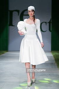 12.10.2012 - Lodz , Re-Act Fashion 2012  N/Z Ada Pojezdalova (Slowacja)  Fot. Mariusz Palczynski / MPAimages.com