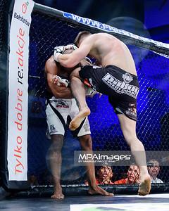 2013.05.24 Belchatow, Hala Energia , MMA Fighters Arena 8 N/Z Vitor Nobrega , Damian Milewski  Fot. Mariusz Palczynski / MPAimages.com