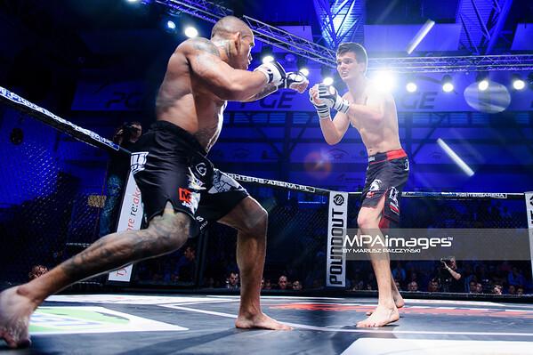 2013.05.24 Belchatow, Hala Energia , MMA Fighters Arena 8 N/Z Mateusz Kalinarczyk , Mateusz Strzelczyk  Fot. Mariusz Palczynski / MPAimages.com