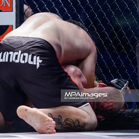 2013.05.24 Belchatow, Hala Energia , MMA Fighters Arena 8 N/Z D.J. Linderman , Michal Kita  Fot. Mariusz Palczynski / MPAimages.com