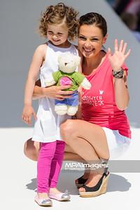 """23.06.2013 - Warszawa , Warsaw Fashion Street 2013 , Akcja """"Spełnionych Marzeń"""" na Fashion Children Show  N/Z Katarzyna Glinka  Fot. Mariusz Palczynski / MPAimages.com"""