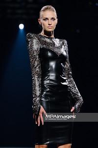 16.10.2013 - Lodz , Fashionphilosophy Fashion Week Poland 2013 , 9 edycja , Gala dyplomowa ASP  N/Z Magdalena Koziej Podsiadly  Fot. Mariusz Palczynski / MPAimages.com