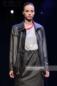 16.10.2013 - Lodz , Fashionphilosophy Fashion Week Poland 2013 , 9 edycja , Gala dyplomowa ASP  N/Z Anna Kmiec  Fot. Mariusz Palczynski / MPAimages.com