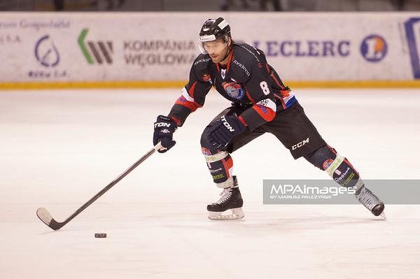 26.11.2013 , Tychy , Stadion Zimowy , hokej , Polska Hokej Liga , GKS Tychy (biale) Ciarko PBS Bank Sanok (czarne)  N/Z Martin Vozdecky Fot. Karol Bartnik / MPAimages.com