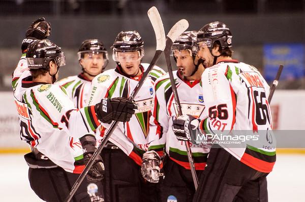 26.11.2013 , Tychy , Stadion Zimowy , hokej , Polska Hokej Liga , GKS Tychy (biale) Ciarko PBS Bank Sanok (czarne)  N/Z GKS Tychy Fot. Karol Bartnik / MPAimages.com