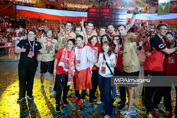 21.09.2014 - Katowice , Spodek , siatkowka , Mistrzostwa Swiata 2014 , dekoracja , FIVB Men's World Championship , decoration N/Z Niemcy Fot. Karol Bartnik / MPAimages.com