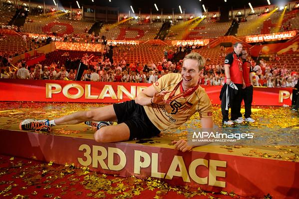 21.09.2014 - Katowice , Spodek , siatkowka , Mistrzostwa Swiata 2014 , dekoracja , FIVB Men's World Championship , decoration N/Z Sebastian Kuhner Fot. Karol Bartnik / MPAimages.com