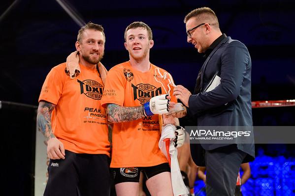 2014.11.22 - Belchatow, Hala Energia , MMA Fighters Arena 10  N/Z Alan Philpott , Dariusz Dam  Fot. Mariusz Palczynski / MPAimages.com