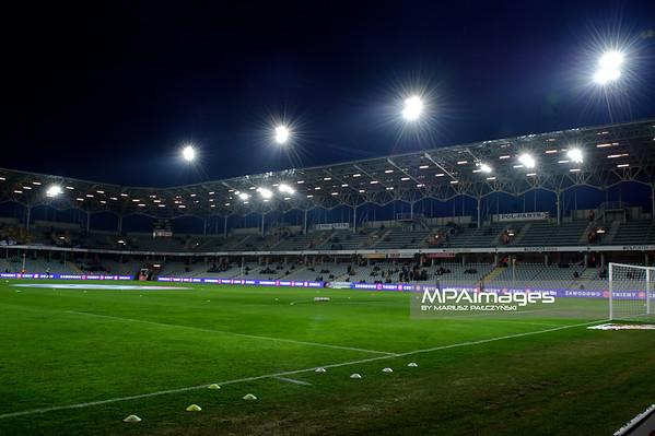 22.02.2015 - Kielce , Kolporter Arena , pilka nozna , T-Mobile Ekstraklasa , Korona Kielce (zolto-czerwone) - Legia Warszawa (biale)  N/Z Kolporter Arena Fot. Karol Bartnik / MPAimages.com