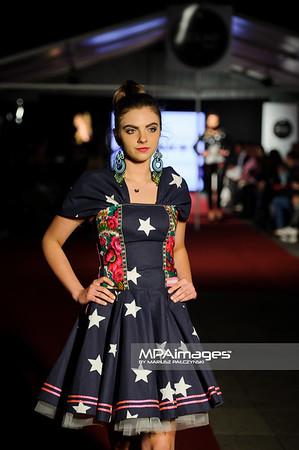 19.06.2015 , Katowice , Mariacka , Pokaz mody , Modny Slask: Silesia Bazar Vol.2 N/Z Kolekcja Folk Design , Aneta Larysa Knap fot. Karol Bartnik / MPAimages