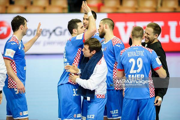 15.01.2016 - Katowice , Spodek , pilka reczna , EHF Euro 2016 , Chorwacja  (niebieskie) - Bialorus (zielone)  N/Z Chorwacja Fot. Karol Bartnik / MPAimages.com