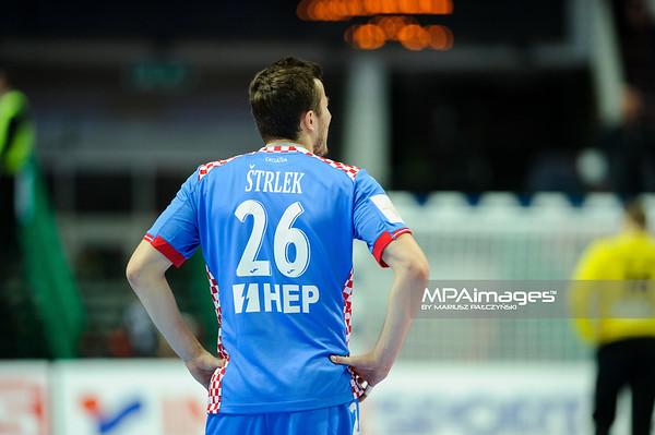 15.01.2016 - Katowice , Spodek , pilka reczna , EHF Euro 2016 , Chorwacja  (niebieskie) - Bialorus (zielone)  N/Z Manuel Strlek Fot. Karol Bartnik / MPAimages.com