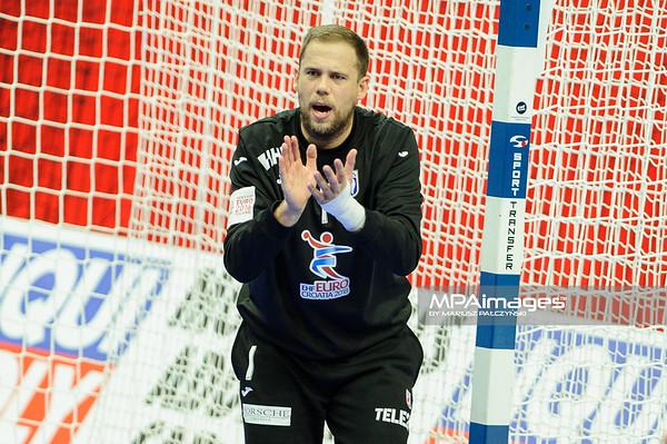 15.01.2016 - Katowice , Spodek , pilka reczna , EHF Euro 2016 , Chorwacja  (niebieskie) - Bialorus (zielone)  N/Z Ivan Stevanovic Fot. Karol Bartnik / MPAimages.com