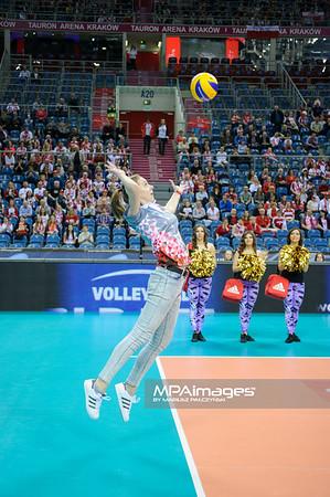 18.05.2016 - Krakow , Tauron Krakow Arena , siatkowka , XIV Memorial Huberta Jerzego Wagnera 2016 , Bulgaria (biale) - Serbia (niebieskie) , Bulgaria (white) - Serbia (blue)  N/Z Konkurs  Fot. Karol Bartnik / MPAimages.com