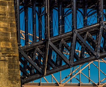 EADS BRIDGE 6