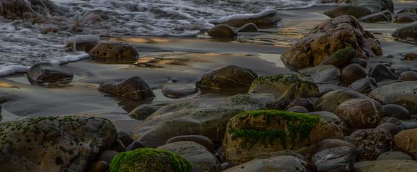 Santa Barbara Ocean ROCKS