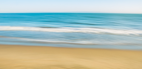 PACIFIC OCEAN IN MOTION 14