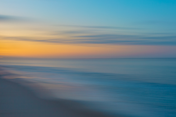 PACIFIC OCEAN IN MOTION 19