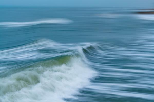 OCEAN IN MOTION    6