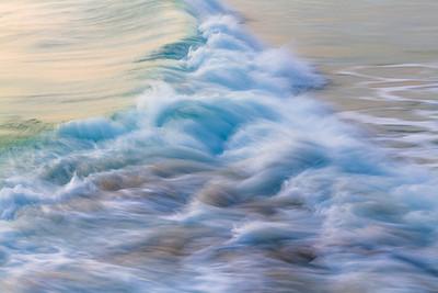 OCEAN IN MOTION    9