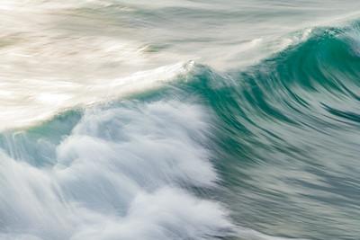 OCEAN IN MOTION    17