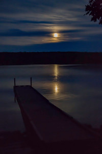 MOONRISE OVER DAMARISCOTTA LAKE