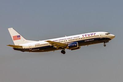 Miami Air International, N752MA, Boeing 737-48E, msn 28198, Photo by John A Miller, TPA, Image N752MA