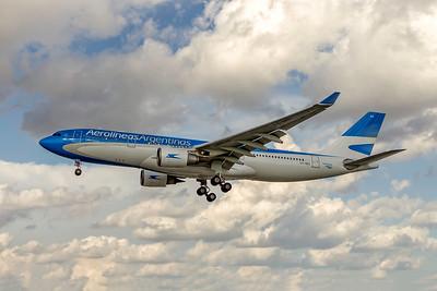 Aerolineas Argentinas, LV-GKO, Airbus A330-203, msn 587, Photo by John A Miller, MIA, Image WA013LAJM