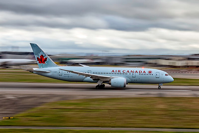 Air Canada, C-GHPT, Boeing 787-8 Dreamliner, msn 35258, Photo by John A Miller, LHR, Image PA010RGJM