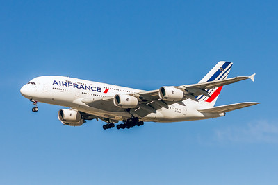 Air France Airlines, F-HPJH, Airbus A380-861, msn 099, Photo by John A Miller, LAX, Image XA010LAJM