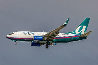 AirTran Airways, N318AT, Boeing 737-7BD, msn 33931, Photo by John A Miller, TPA, Image TT027LAJM