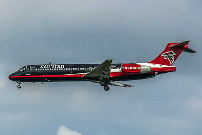AirTran AIrways, N891AT, Boeing 717-2BD, msn 55043, Photo by John A Miller, TPA, Image ZZ012LAJM