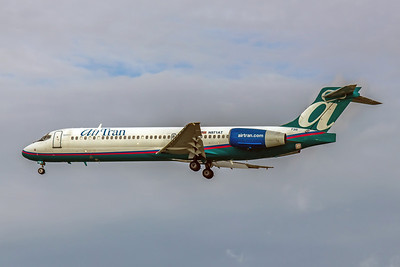 AirTran Airways, N971AT, Boeing 717-2BD, msn 55032, Photo by John A Miller, TPA, Image ZZ013LAJM