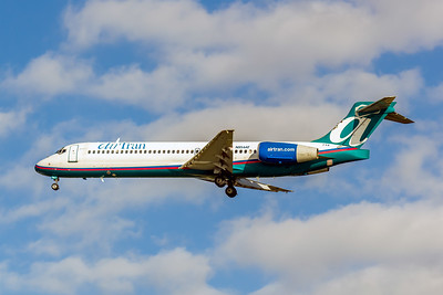 Airtran Airlines, N954AT, Boeing 717-2BD, msn 55016, TPA, Photo by John A. Miller, Image :ZZ007LAJM