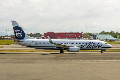 Alaska Airlines, N525AS, Boeing 737-890, msn 35692, Photo by John A. Miller, ANC, Image UU010RGJM