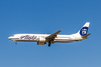 Alaska Airlines, N305AS, Boeing 737-990, msn 30013, Photo by John A Miller, LAX, Image UA0025LAJM