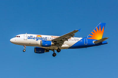 Allegiant Air, N305NV, Airbus A319-112, msn 2398, Photo by John A Miller, LAX, Image AB071LAJM