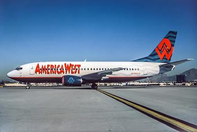 America West, N398US, Boeing 737-3Q8, msn 23507, Photo by Derek Hellman, Image K044LGDH
