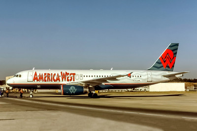America West Airlines, N303ML, Airbus A320-231, msn 304, Photo by Eddy Gual, Image T160LGEG