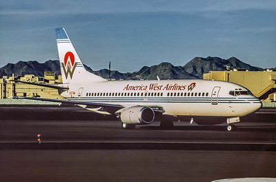 America West, N307AW, Boeing 737-3G7, msn 24634, Photo by Udo Schaefer, Image K019RGUS