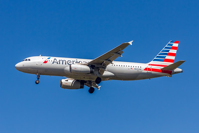 American Airlines, N665AW, Airbus A320-232, msn 1644, Photo by John A Miller, TPA, Image T131LAJM
