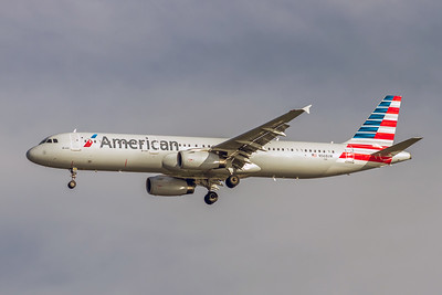 American Airlines, N568UW, Airbus A321-231, msn 5751, Photo by John A Miller, TPA, Image TA020LAJM