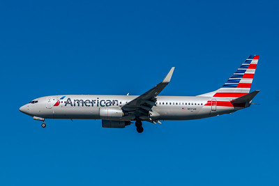 American Airlines, N971AN, Boeing 737-823(WL), msn 29547, Photo by John A Miller, LAX, Image UU079LAJM