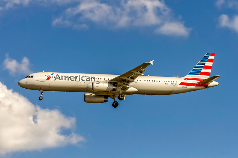 American Airlines, N971UY, Airbus A321-231, msn 6249, Photo by John A Miller, TPA, Image TA033LAJM