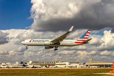 American Airlines, N396AN, Boeing 767-323(ER)(WL), msn 29603, Photo by John A Miller, MIA, Image P065LAJM