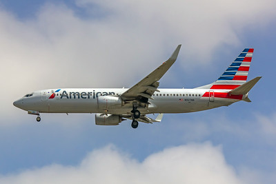 American Airlines, N927NN, Boeing 737-823(WL), msn 31171, Photo by John A Miller, LAX, Image UU030LAJM