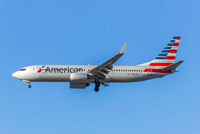 American Airlines, N971AN, Boeing 737-823(WL), msn 29547, Photo by John A Miller, LAX, Image UU067LAJM